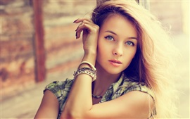 Preview wallpaper Mesmerizing blonde girl, hairstyle, hands