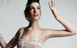 Preview wallpaper Anne Hathaway 19