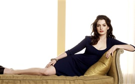 Preview wallpaper Anne Hathaway 20