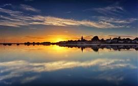 壁紙のプレビュー チチェスター港、ウエストサセックス、イングランド、住宅、水の反射、日没