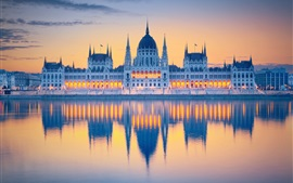 Preview wallpaper Hungary, Budapest, Parliament, water reflection, river, lights, clouds, dawn