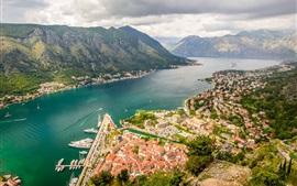 Kotor Bay, Monténégro, rivière, montagnes, ville, maisons, nuages