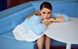Preview wallpaper Kristina Bazan 14