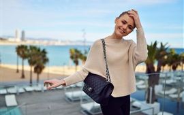Preview wallpaper Kristina Bazan 16