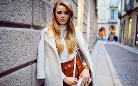 Preview wallpaper Kristina Bazan 17