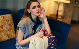 Preview wallpaper Kristina Bazan 18