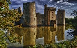 Bodiam Castle, East Sussex, Inglaterra, medieval, lago