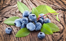 Fresh blueberries, folhas