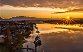 Preview wallpaper Maple Ridge, British Columbia, Canada, lake, boats, houses, sunset, mountains