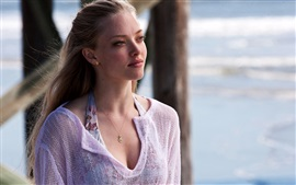 Preview wallpaper Amanda Seyfried 04