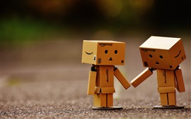 Preview wallpaper Cardboard man, friends, Danbo