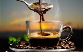 Кофе в зернах, чашка, горячий шоколад, аромат, ложка