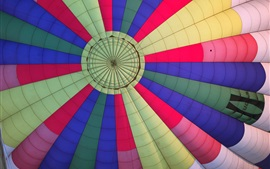 Preview wallpaper Colorful hot air balloon flight
