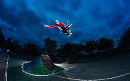 Preview wallpaper Extreme sports, skateboarding, jumping, night