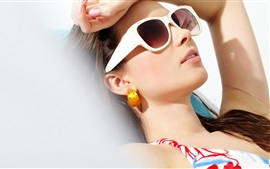 Preview wallpaper Girl rest in sunshine, sunglasses