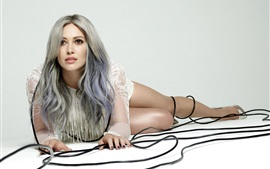 Preview wallpaper Hilary Duff 12