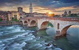 Preview wallpaper Italy, Verona, river, bridge, city, houses, clouds, sunset