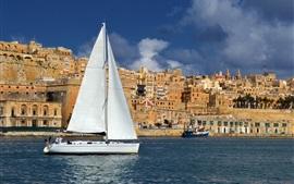 Malta, ciudad, casas, mar, velero