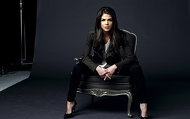 Preview wallpaper Marie Avgeropoulos 01