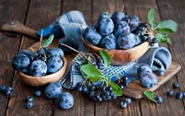 Preview wallpaper Plums and blueberries, fruit photography