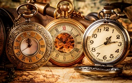 Preview wallpaper Antique pocket watch