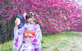 Preview wallpaper Beautiful Japanese girl in the garden, kimono, flowers, spring