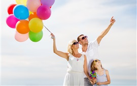 Preview wallpaper Happiness family, colorful balloons