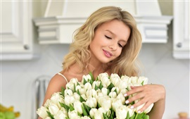Preview wallpaper Smile blonde girl, white tulips