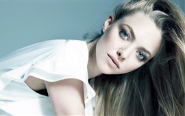 Preview wallpaper Amanda Seyfried 07