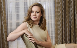 Preview wallpaper Brie Larson 02
