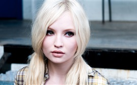 Preview wallpaper Emily Browning 02
