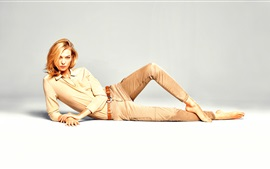 Preview wallpaper Karlie Kloss 02
