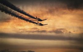 Aeronaves militares, vôo, fumaça, pôr do sol