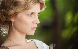 Preview wallpaper Clemence Poesy 03