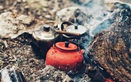 Чайник, огонь, дым