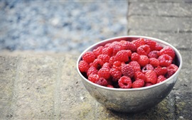 Preview wallpaper Red raspberries, fruit, bowl