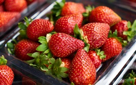 Preview wallpaper Ripe strawberries berries