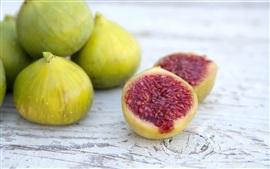 Preview wallpaper Sweet figs, fruit