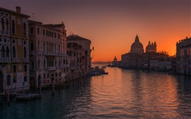 Preview wallpaper Venice in the morning, sea, houses, sunrise