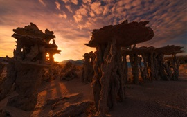 Preview wallpaper Calcareous towers, Mono lake, sunset, evening, California, USA