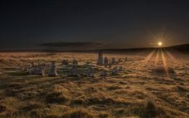 Parque Nacional de Dartmoor, Círculo de Pedra, grama, nascer do sol, Reino Unido