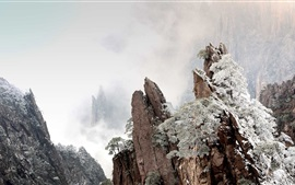 Preview wallpaper Huangshan, China, mountains, fog, winter, dawn
