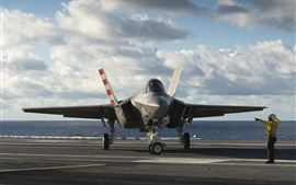 Preview wallpaper Lightning II F-35C bomber
