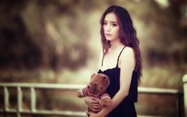 Aperçu fond d'écran Tristesse, fille asiatique, ours en peluche