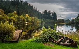 Preview wallpaper Scotland, Loch Lomond, Trossachs National Park, lake, boats, trees