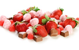 Preview wallpaper Strawberry and chocolate candy