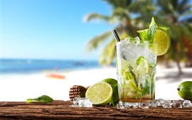 Summer drinks, cocktail, mojito, lime, mint