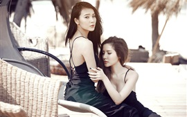 Preview wallpaper Two Asian girls, pose, tropical