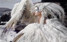 Plumas blancas chica, estilo de arte