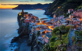 Preview wallpaper Italy, Vernazza, Cinque Terre, Liguria, houses, lights, sea, night
